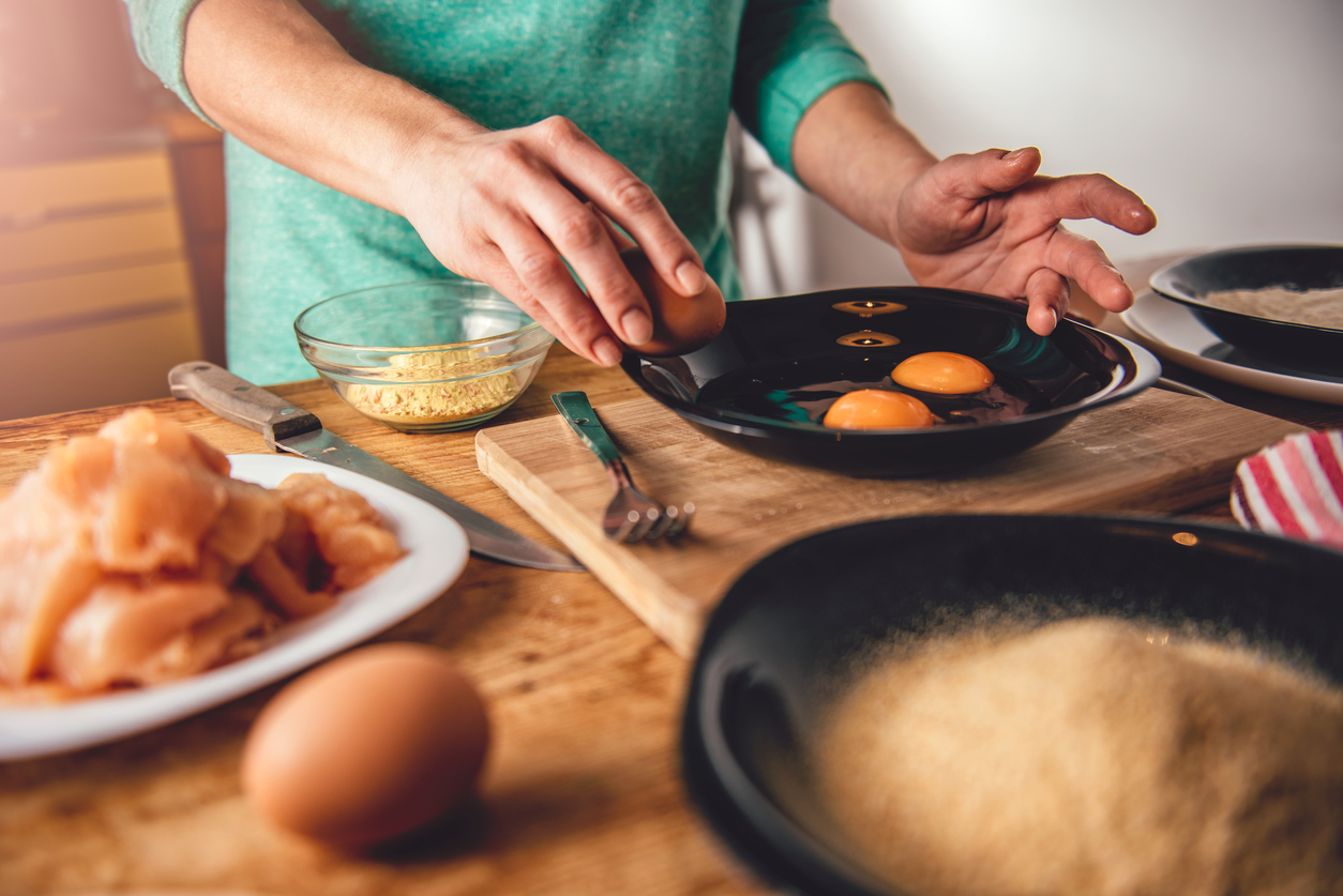 Breaking and Preparing to Cook Eggs